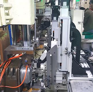 三合一自动送料机使用优势特点是什么